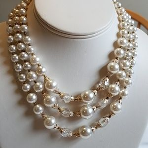Vintage 1950s  Bead Necklace Crystal & White